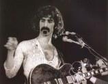 1132_7_Frank-Zappa-1970-